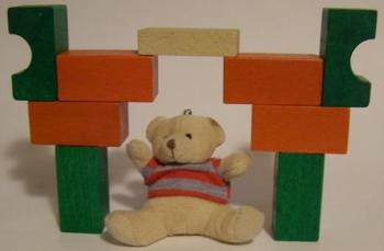 """Открытые задачи с использованием классических деревянных кубиков и кубиков """"Lego"""""""